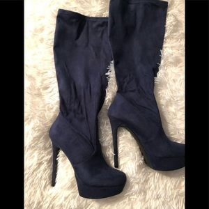 Guess blue suede boots
